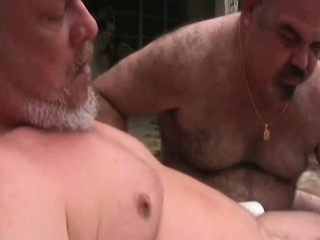 Gay bear homos sucking cock and jerking / 852