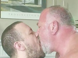 Bear Old Gay Couple Sex / 5177