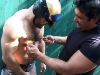 Gratis homo bears fucked and sucked / 137