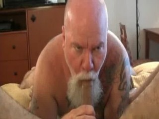 Two hairy guys have great sex as they gay sex / 251