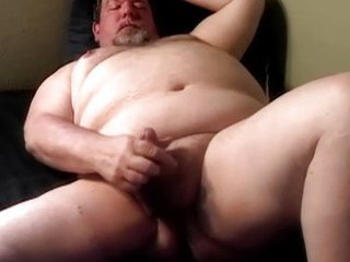 Daddy Hung Chubby Bear / 99