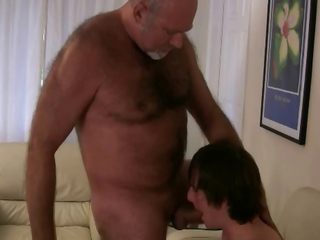 Old gay bear getting his dick sucked by twink gaypridevault / 50